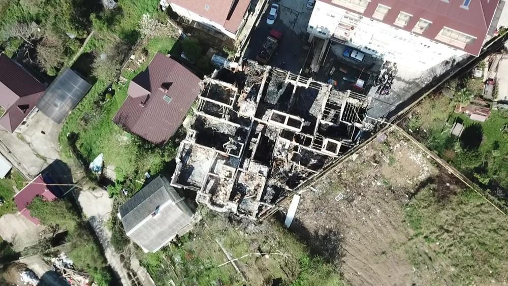 Сгоревший самострой в Сочи восстановит застройщик