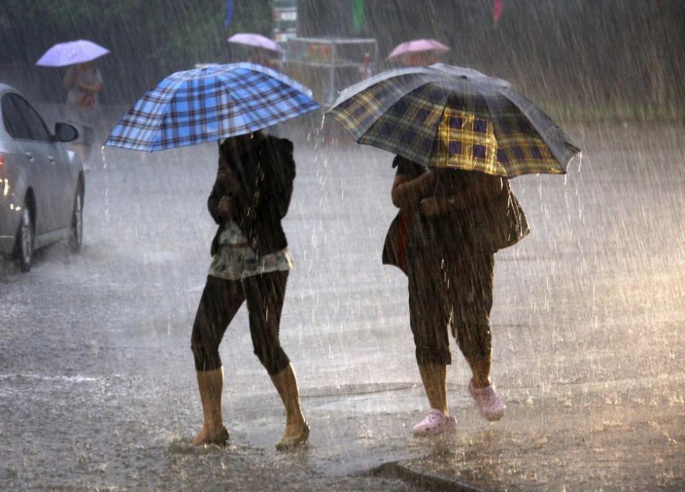 На Краснодар надвигается ураганный дождь с градом