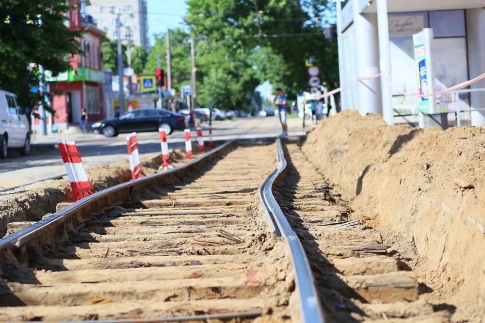 Из-за нагрева в Краснодаре погнулись трамвайные рельсы