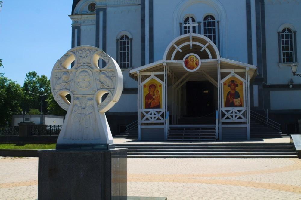 Из-за Крестного хода в центре Краснодара ограничат движение