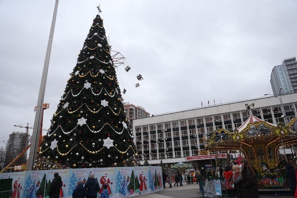 Короткое замыкание едва не стало причиной пожара на главной площади Краснодара