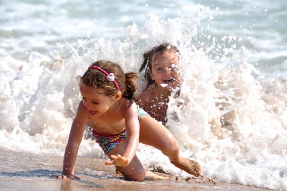 В Анапе разрешили купаться детям