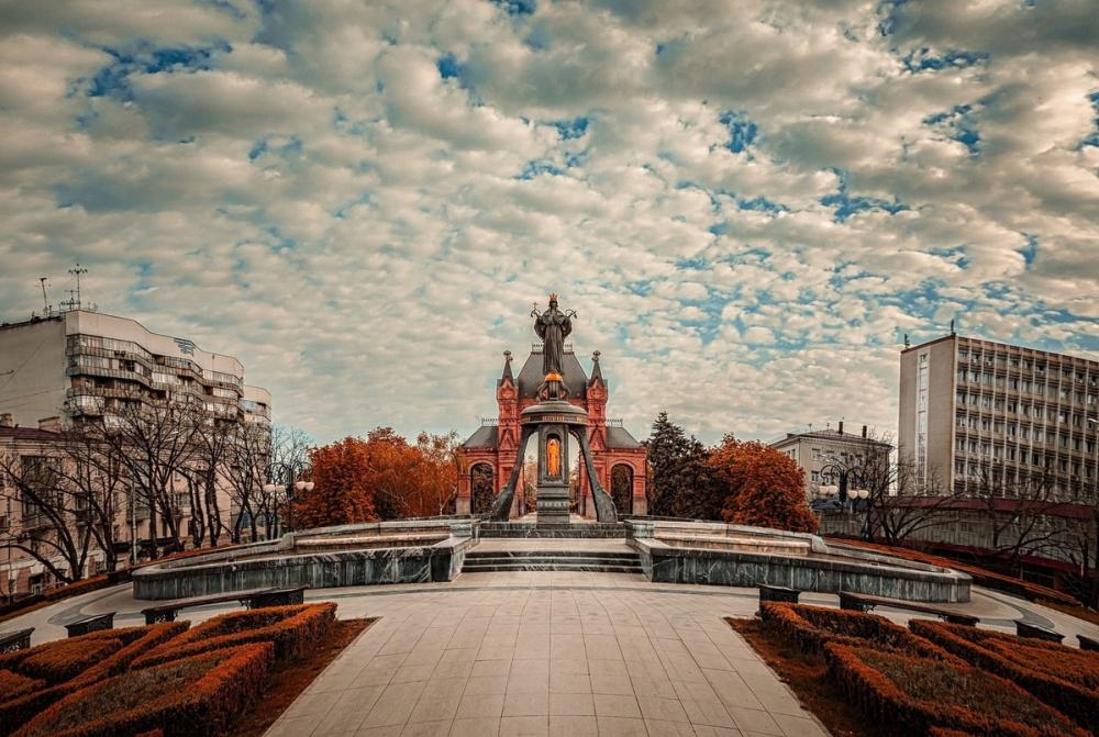 Краснодар попал в ТОП-5 бюджетных городов осеннего сезона