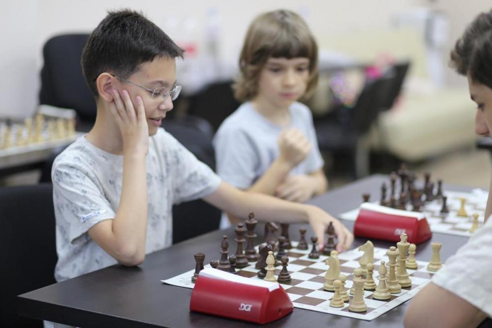 5 причин научить своего ребенка играть в шахматы