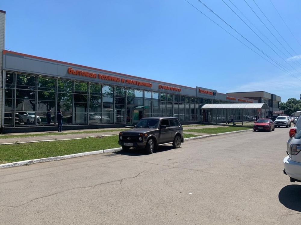Торговый центр в Краснодаре очистили от вездесущей рекламы
