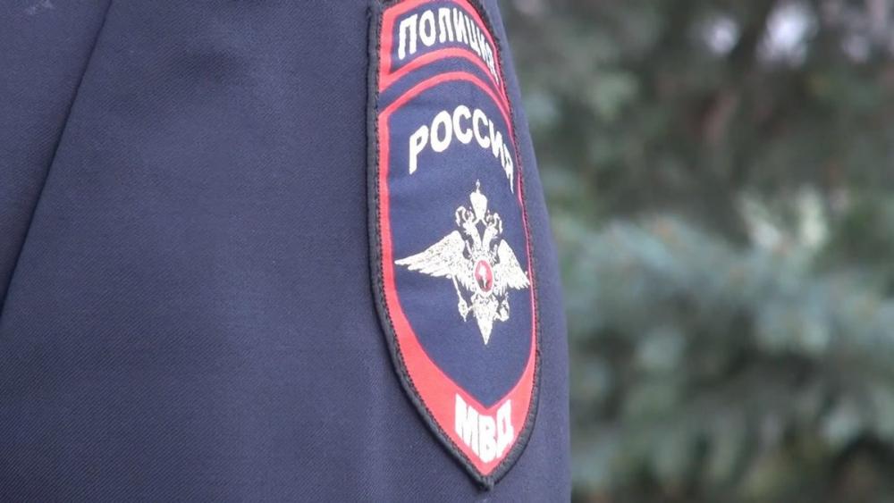 Тело мужчины нашли в машине на парковке в Краснодаре