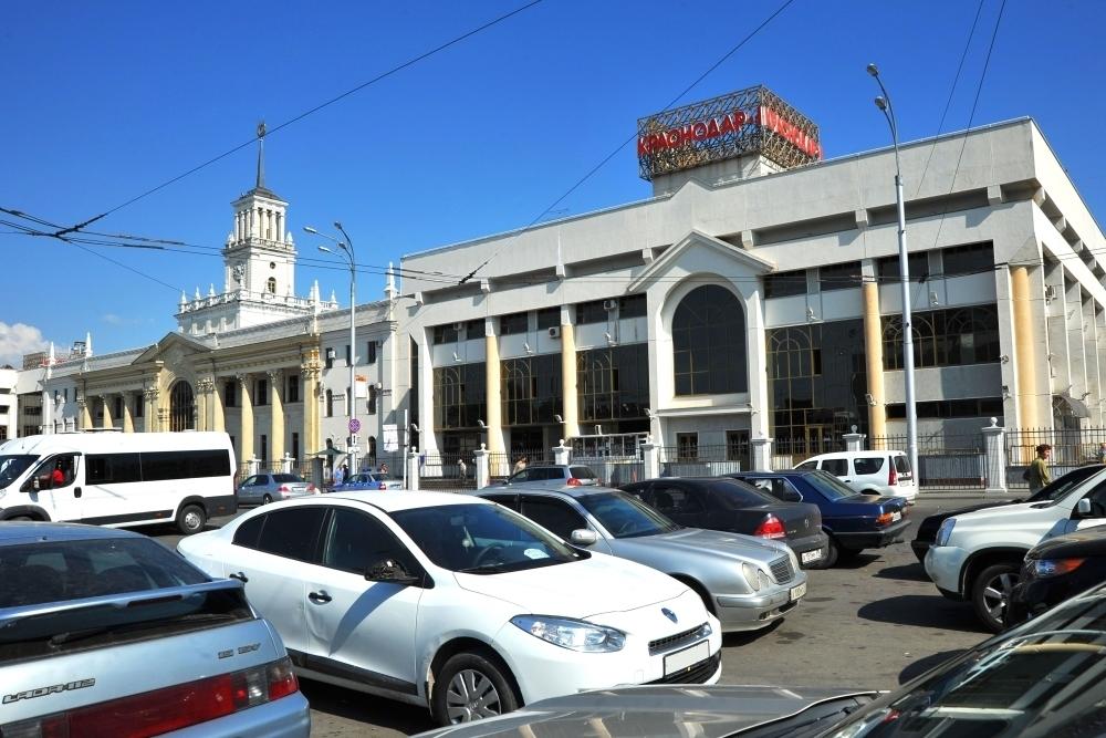 Режим движения на Привокзальной площади Краснодара изменят