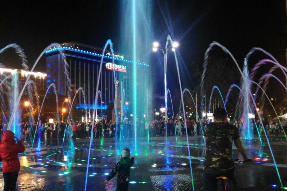 Сто тысяч рублей получили за новую мелодию для фонтана в Краснодаре два студента