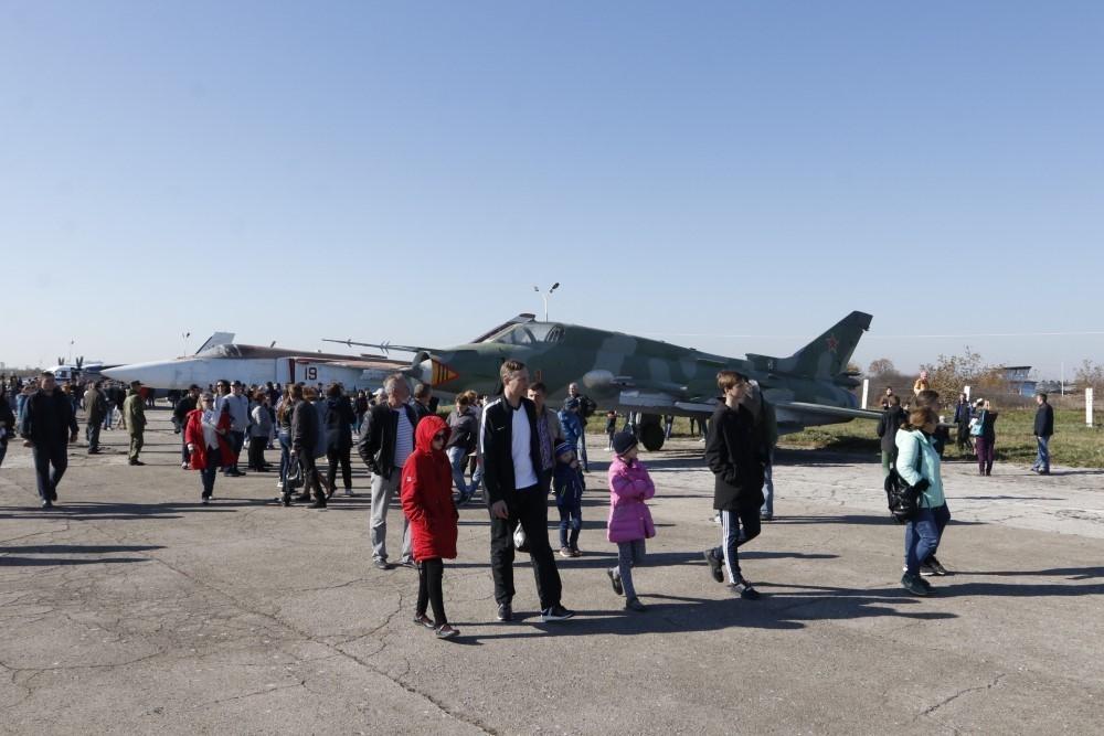 Новый набор девушек стартовал в Краснодарском авиаучилище