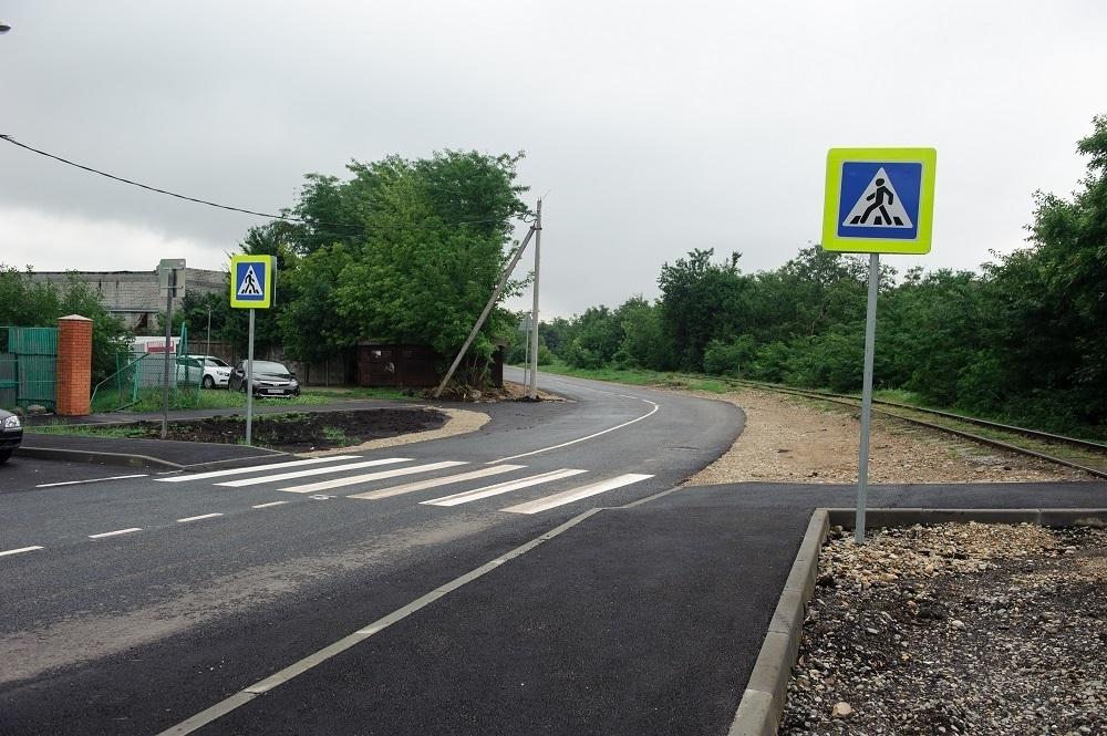 Дорогу к Славянскому кладбищу в Краснодаре отремонтировали
