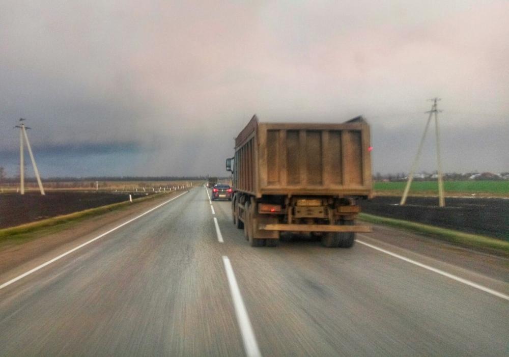 В Краснодарском крае из-за жары движение по федеральным трассам ограничили
