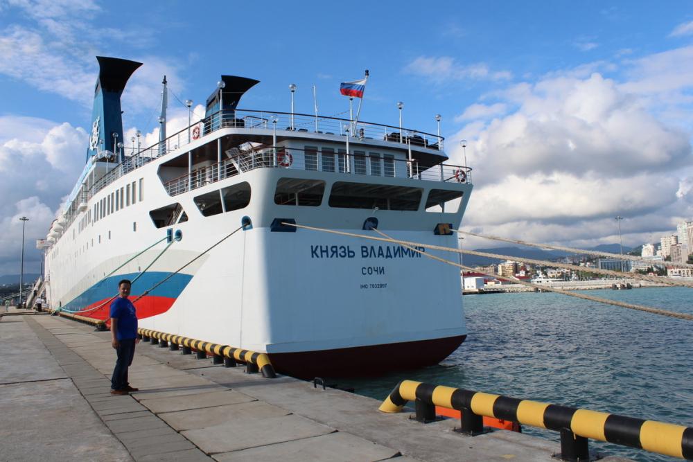 Лайнер Сочи-Крым не поплывет до конца лета
