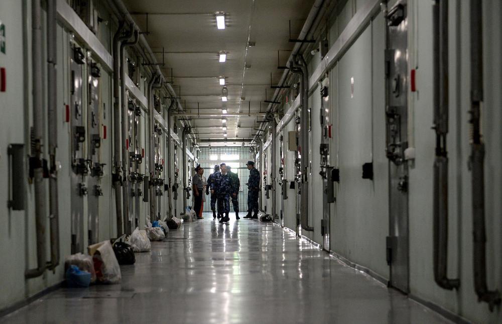 Изнасиловавшего ребенка мужчину нашли мертвым в туалете СИЗО Краснодара