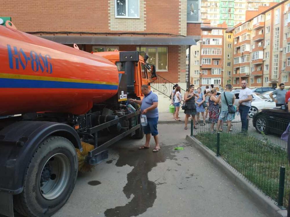 Десятки жителей поселка Краснодарский пострадали от острой кишечной инфекции