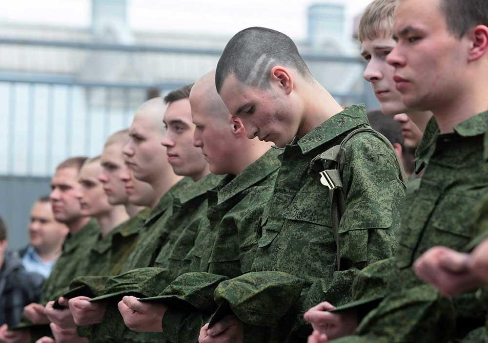 Почти две тысячи юношей «косят от армии» в Краснодаре