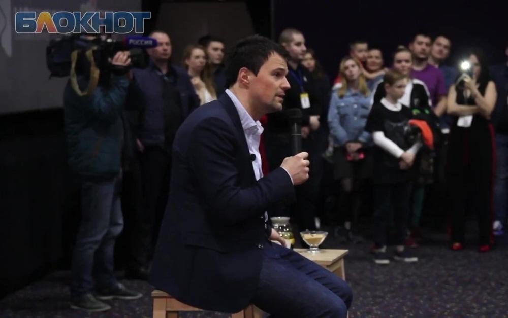 Краснодарки возмущены сексизмом в фильме Козловского «Тренер»