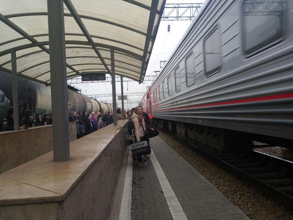 Поезд и «Мерседес» столкнулись в Краснодарском крае