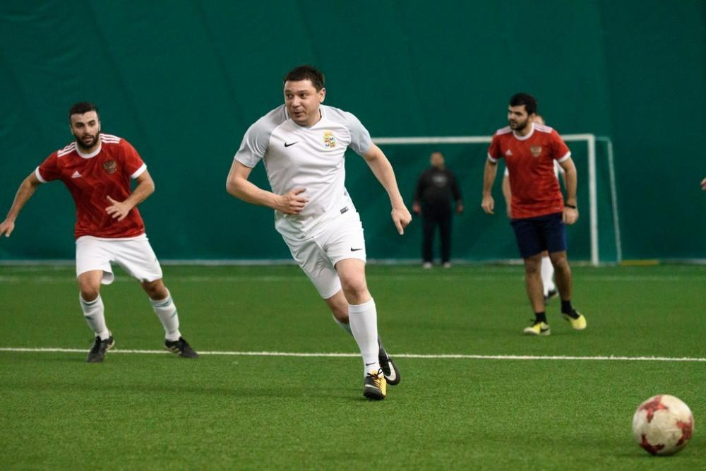 Мэр Краснодара сыграл против сборной жителей города по футболу