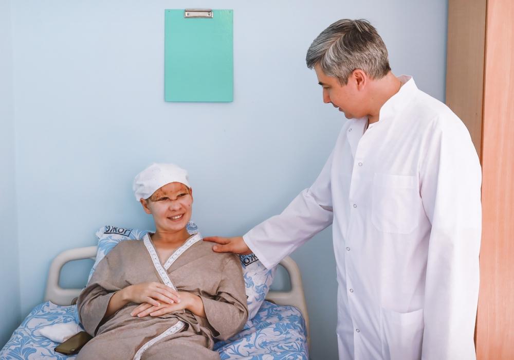 В Краснодаре врачи за одну операцию спасли женщину, лишившуюся скальпа