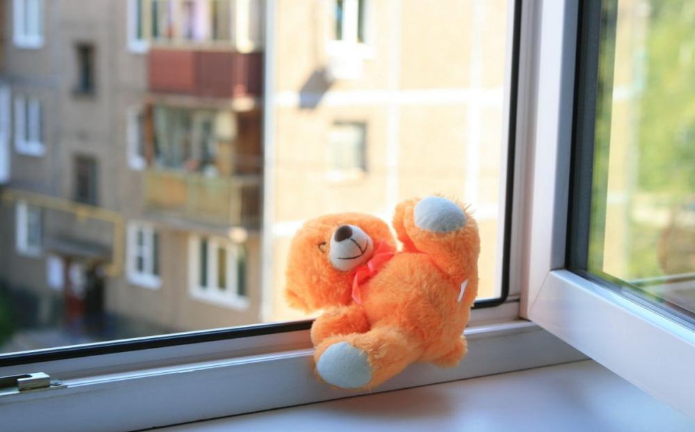Четыре ребенка выпали из окон за один вечер на Кубани