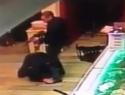 """""""Выстрел в голову"""": появилась уникальная видеозапись перестрелки в Армавире, в которой убили офицера Росгвардии"""