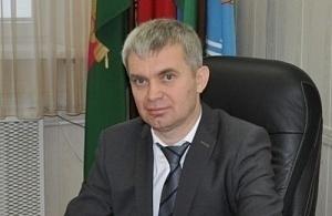 В Апшеронском районе после отставки главы назначили нового, но пока с приставкой врио