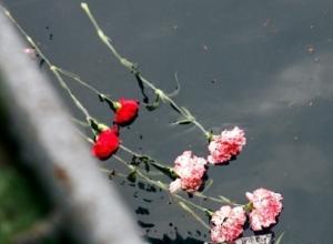Цветы в память жертв Ту-154 в Сочи больше нельзя приносить