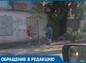 Судьбой детей-«бизнесменов», работающих на улице, обеспокоены краснодарцы