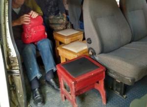 Автобус с табуретками вместо кресел возил людей из Краснодара в Апшеронск