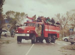 В Ейском районе эвакуировано более 200 пострадавших