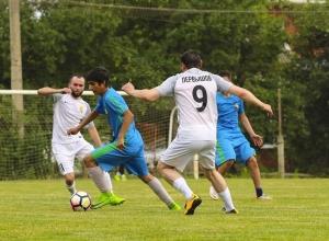 Мэр Краснодара нашел плюсы в футболе