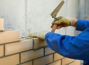 Замглавы Тихорецка разрешил построить офис с нарушениями