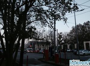 В Краснодаре местные жители возмущены организацией муниципальных парковок