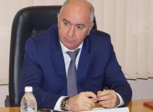 Мэр Новороссийска уволил своего заместителя и начальника управления транспорта