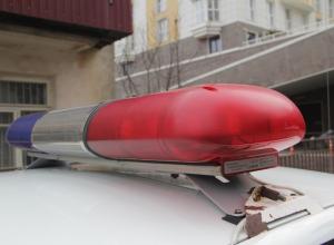 На Кубани неизвестный сбил женщину с четырьмя малышами и сбежал
