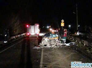 Усть-Лабинск: при столкновении автомобилей двое погибли