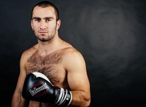 Боксер Гассиев за месяц получил уже вторую квартиру в Сочи