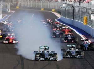 «Странный асфальт»: гонщики признали трассу в Сочи одной большой неприятностью