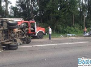 В Краснодарском крае в аварии погибло два пассажира