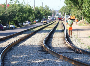 Новый трамвайный переезд в Краснодаре пустит машины в тупик