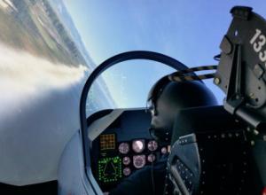 В Краснодарском училище начнут готовить военных летчиц