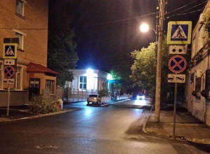 «На Чапаева «впилили» знаки с обеих сторон, лишив нас стоянок», - читатель