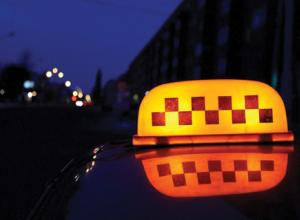 На Кубани двое мужчин напали на водителя такси