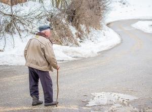 Две недели пролежал в квартире труп одинокого пенсионера в Краснодаре