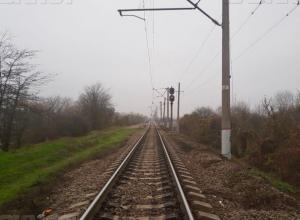 В Краснодарском крае электропоезд насмерть сбил человека
