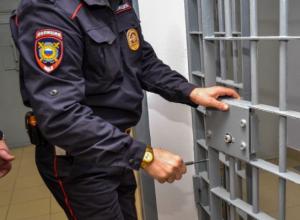 Жители Анапы рассказали, как полицейские засунули им палки в задний проход во время пыток