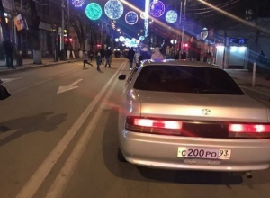 «ГИБДД не видит»: может быть опасна для жителей улица Красная в Краснодаре