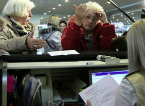 Авиарейс, направляющийся в Сочи, остановили из-за поломки самолета