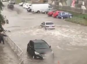 Анапу в День города затопило после сильного дождя