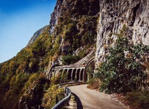 Горная дорога, где погиб ребенок в Сочи, была закрыта для пешеходов